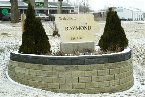 raymond funeral homes funeral services flowers in iowa