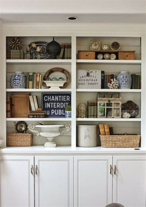 how to decorate a bookcase best 25 decorating a bookcase ideas on pinterest