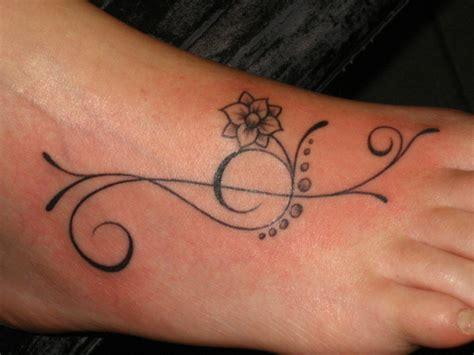 tattoo letters voet den tumi gent offici 235 le site foto s