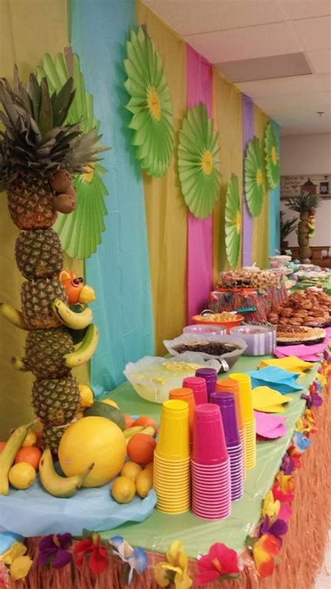 hawaiian table decorations ideas luau food table decorated luau pinterest tablecloths