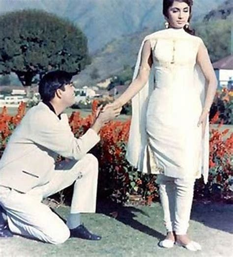 biography of hindi film actress sadhana fashion in 1960 s the era of colours
