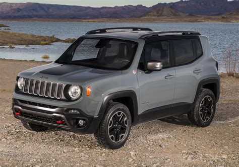 Deery Jeep Jeep Renegade Offers Best Of Both Worlds