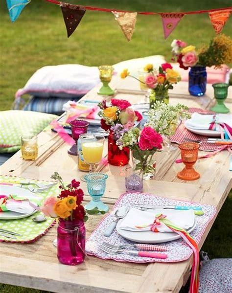 Garden Table Setting Ideas Cool Table Setting Ideas For Outdoor Entertaining Decorated