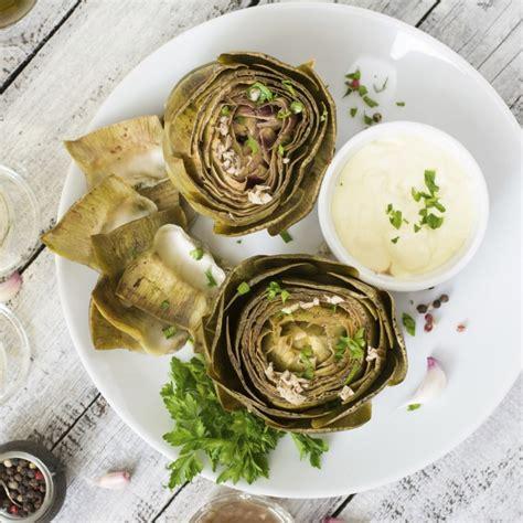 comment cuisiner les 駱inards frais comment cuisiner artichaut frais 28 images comment