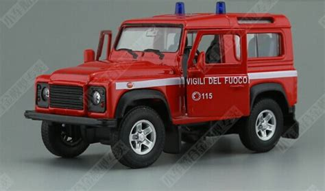 Diecast Mobil Land Rover Defender Miniatur Welly Nex Asli Ori 1 36 welly white diecast land rover defender nm02b112 ezmotortoys