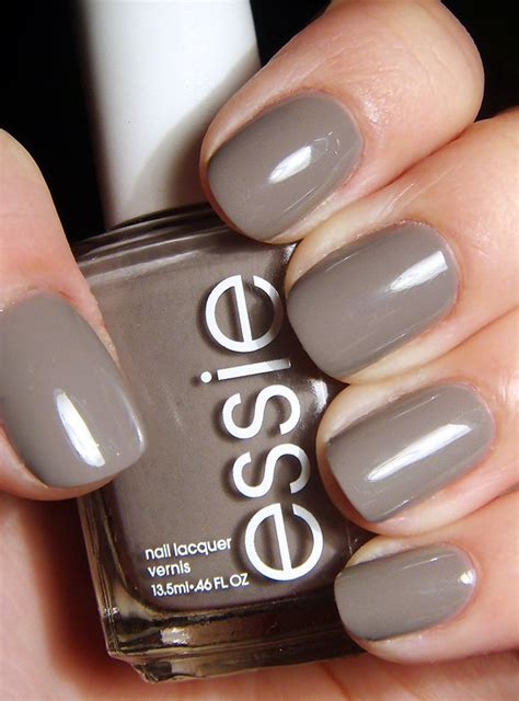 Most Fashionable Nail Polishes Top 7 by 20 Most Popular Essie Nail Colors