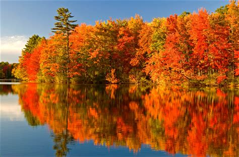 in fall 10 places to capture amazing fall colours across the country
