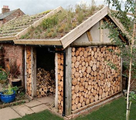 holzschuppen ideen wood shed living roof firewood storage ideas