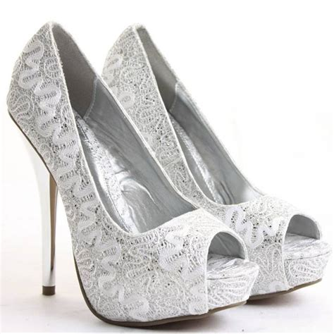 tips for picking the best bridal shoes jewelexi