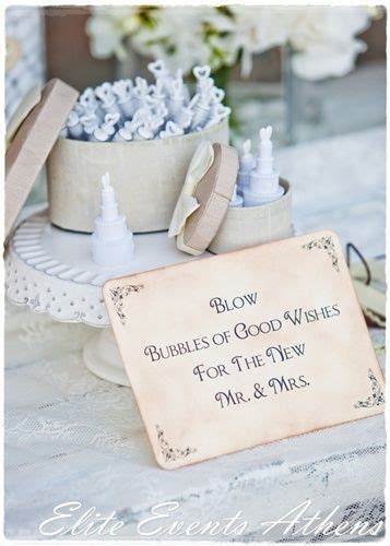 wedding favors bubbles wedding shabby chic and wedding bubbles on