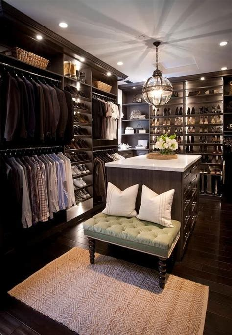 Walk In Wardrobe Cost by 17 Best Ideas About Custom Closets On Custom