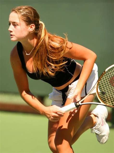 hot sports girls global sports news top 10 gorgeous and sexy sports girls