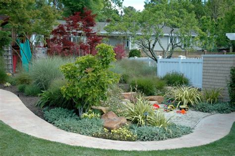 kid friendly backyard landscaping ideas family garden design go outside and play