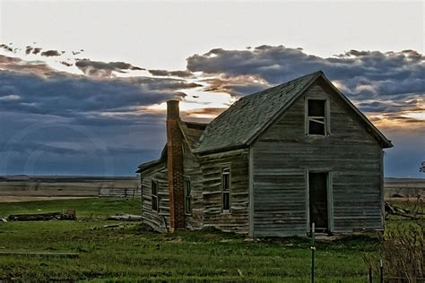 old ranch house abandoned farm north dakota 365