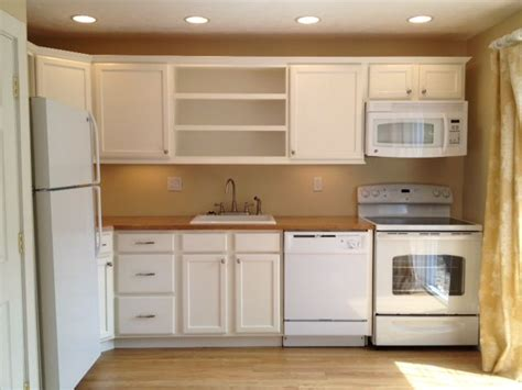 White Kitchen Appliances by White Kitchen Cabinets With White Appliances Quicua