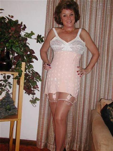 i love girdles mieder nylon tumblr r 233 sultat de recherche d images pour quot granny girdle