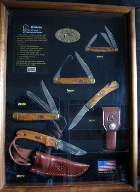 ducks unlimited knife set schrade ducks unlimited 5 knives display