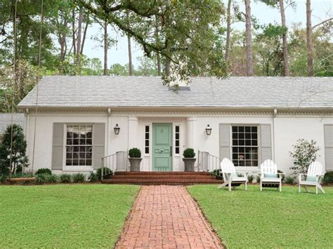 paint styles 25 best ideas about house shutter colors on
