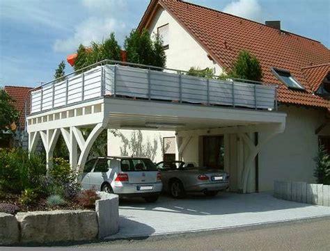 carport mit balkon begehbare carports als balkon carport in holz alu