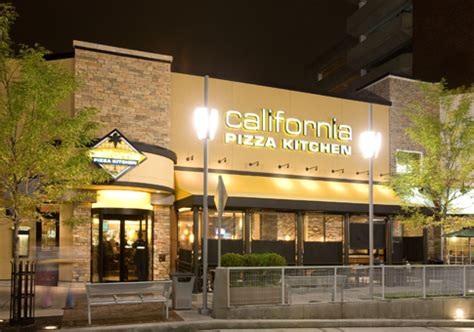 Cali Kitchen by California Pizza Kitchen Stamford Town Center