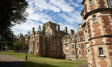 Edinburgh Mba Tuition Fees by Free Tuition In Scotland Benefits Wealthiest Students The