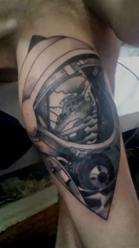 new tattoo cracking my deja play crack the sky tattoo by andy at extreme