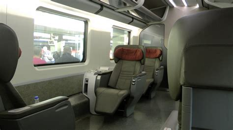 freccia rossa interno viaggio a roma napoli partenza con il freccia rossa