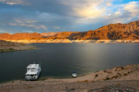 Lagie Mede lake mead located in lake mead national recreation area desertusa