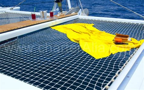 catamaran ibiza charteralia catamaran lagoon 470 geweldige catamaran charter op ibiza