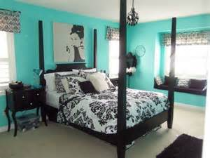 Teal Bedroom Ideas by 15 Must See Teal Bedrooms Pins Teal Bedroom Walls Teal