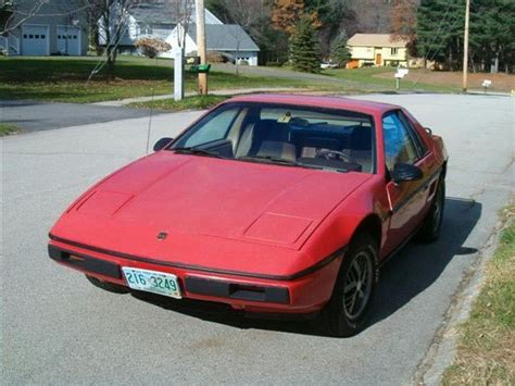 1984 Pontiac Fiero by Stalephish 1984 Pontiac Fiero Specs Photos Modification
