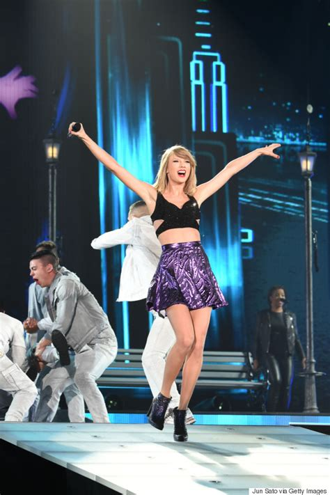taylor swift japan dates taylor swift kicks off her 1989 world tour in tokyo pics