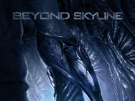 balik penyerangan alien  prambanan   skyline