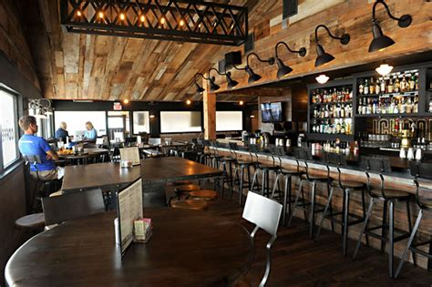 public house restaurant restaurant review restaurant review food the austin chronicle