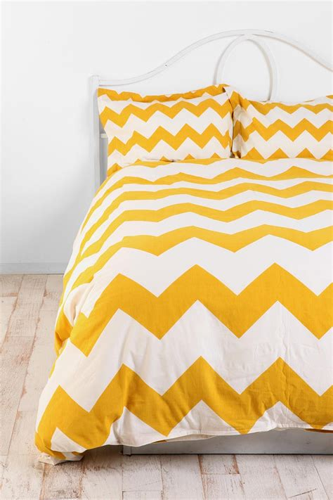 17 best ideas about yellow duvet on pinterest yellow bed covers yellow bedding sets and