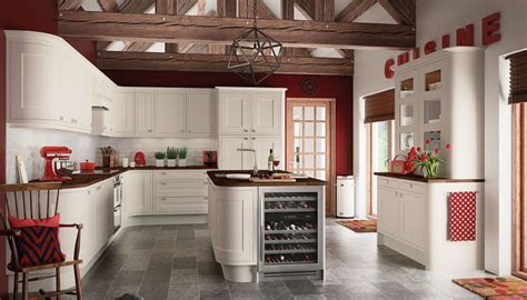 fully installed country style kitchens by moben motiq somerton cream kitchen units cabinets magnet kitchens