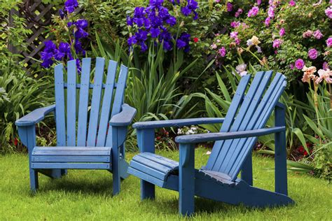 Finding The Best Outdoor Wood Furniture Trellischicago Best Paint For Outdoor Wood Furniture