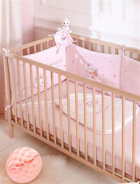 tour de lit bebe disney tour de lit en velours disney b 233 b 233 fille p 226 le