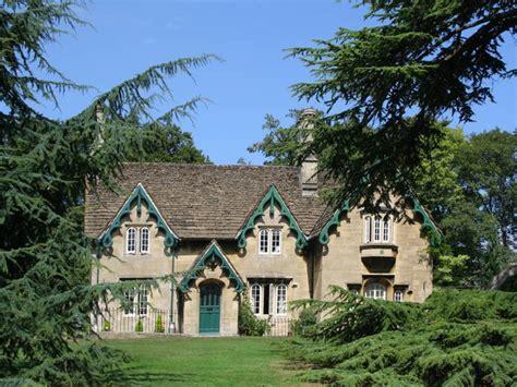 medieval style homes romantic gothic revival carpenter gothic pinterest