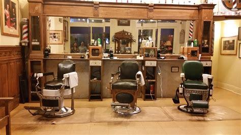 Kursi Potong Barbershop gambar milik kamar desain interior tukang potong