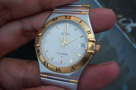 Jam Tangan Omega Gold jam tangan for sale omega constellation quartz steel gold sold