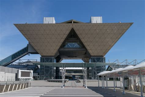 japan bid file tokyo big sight 02 jpg wikimedia commons