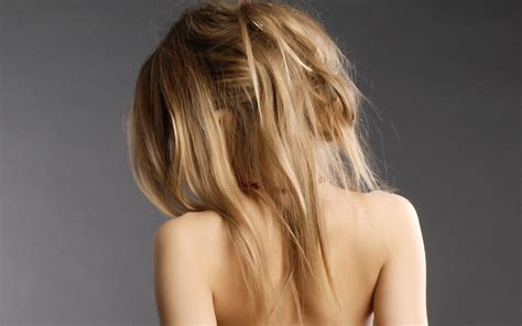 imagenes artisticas de mujeres de espalda rubias mujeres espalda fondos de pantalla gratis