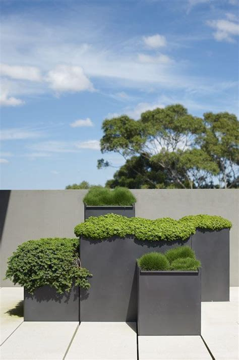 modern planters    outdoors stylish digsdigs