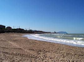 di commercio civitanova marche spiagge italiane civitanova marche