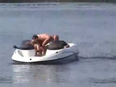 sinking boat youtube - Sinking Jet Boat