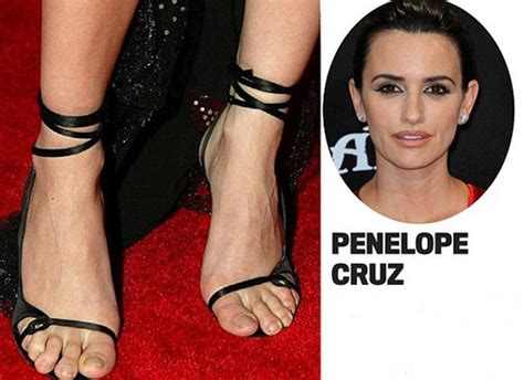 ugly feet pretty face check out 15 of the ugliest celeb sexy female celebrity feet hot girls wallpaper