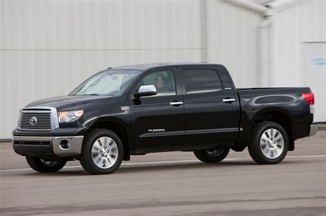 Toyota Tundra 2015 Review 2013 Toyota Tundra Reviews And Rating Motor Trend
