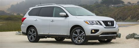 how many does the nissan rogue seat nissan pathfinder named one of the 12 best family cars of