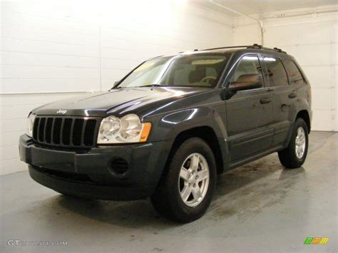 green jeep grand cherokee 2005 deep beryl green pearl jeep grand cherokee laredo